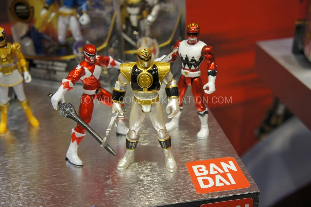 Mint In Box Preview Power Rangers 20th Anniversary The