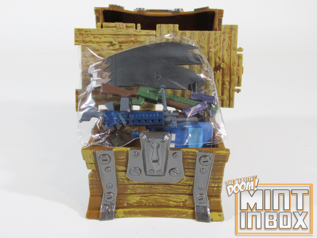mint in box_jazwares_fortnite_loot llama_loot chest_unboxing (2)