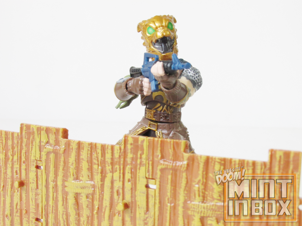 mint in box_jazwares_fortnite_solo mode_4 inch figure_Havoc_Battle Hound_review (4)