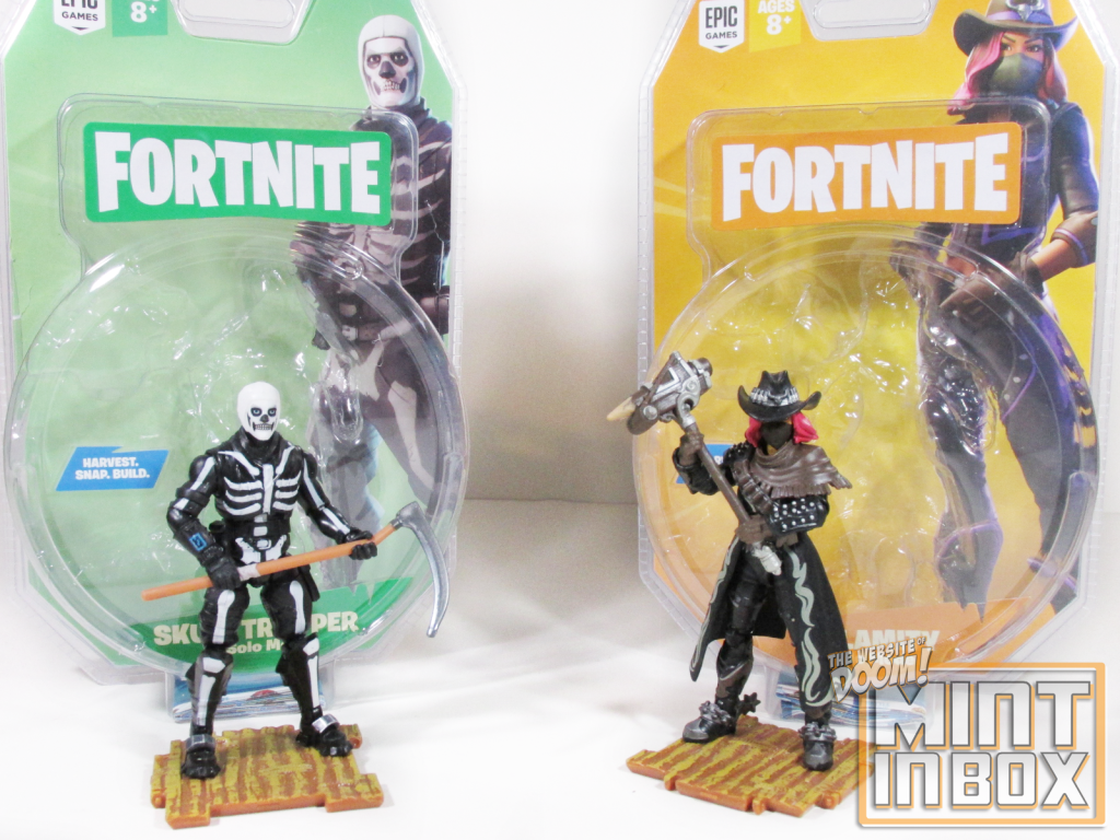 mint in box_jazwares_fortnite_solo mode_calamity_skull trooper_review (1)