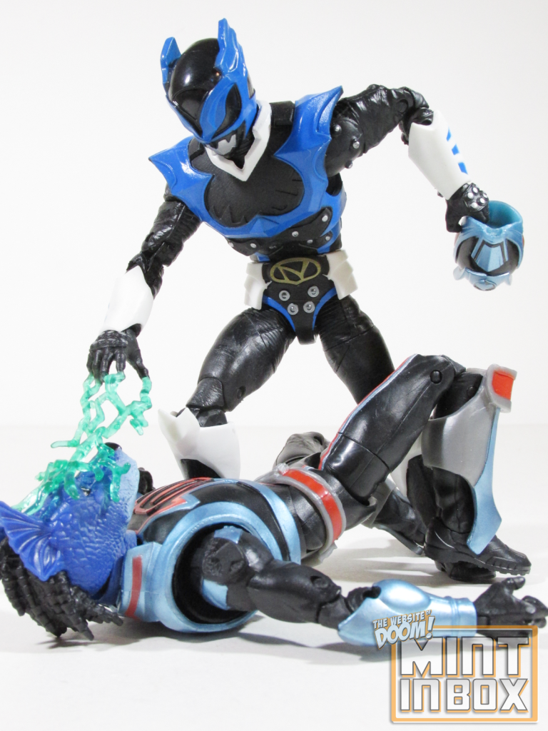 mint in box reviews_power rangers_lightning collection_Psycho Blue_Psycho Ranger (4)