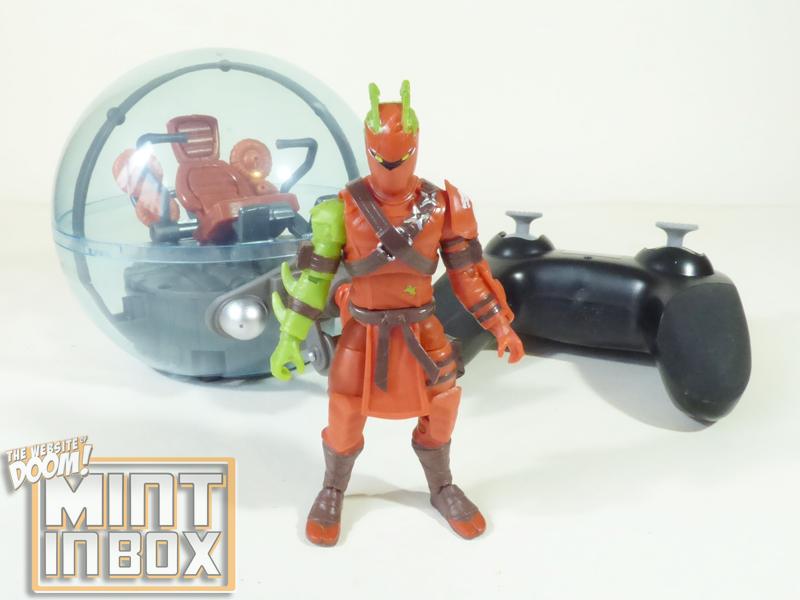 mint in box_jazwares_fortnite_baller_hybrid_DOOM (4)