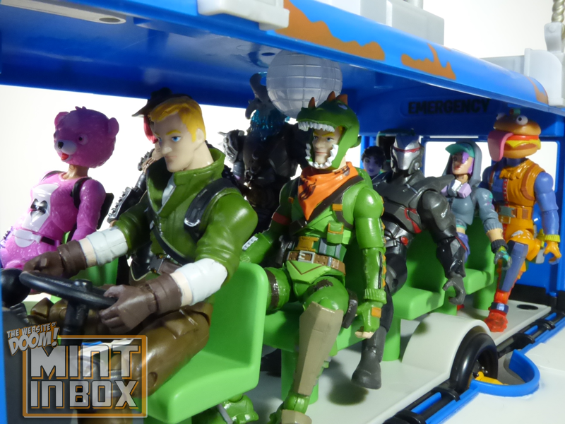 mint in box_jazwares_fortnite_deluxe_battle bus_DOOM (4)