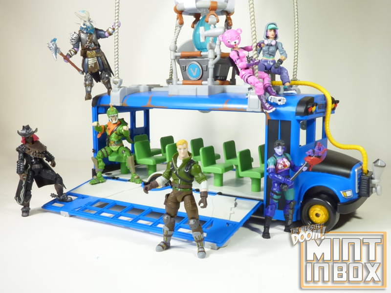 mint in box_jazwares_fortnite_deluxe_battle bus_DOOM (5)